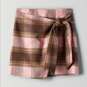 Aritzia Wilfred New Wrap Front Skirt